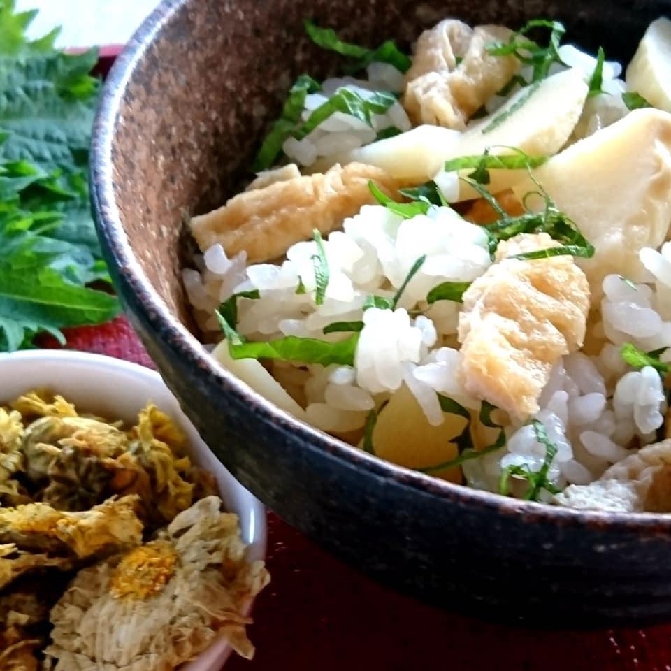 筍と菊花のご飯|薬膳Jikuごはん料理教室〈おばんざいコース〉より