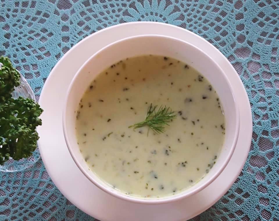 初夏の薬膳|パセリとキャベツの肌ツヤスープ