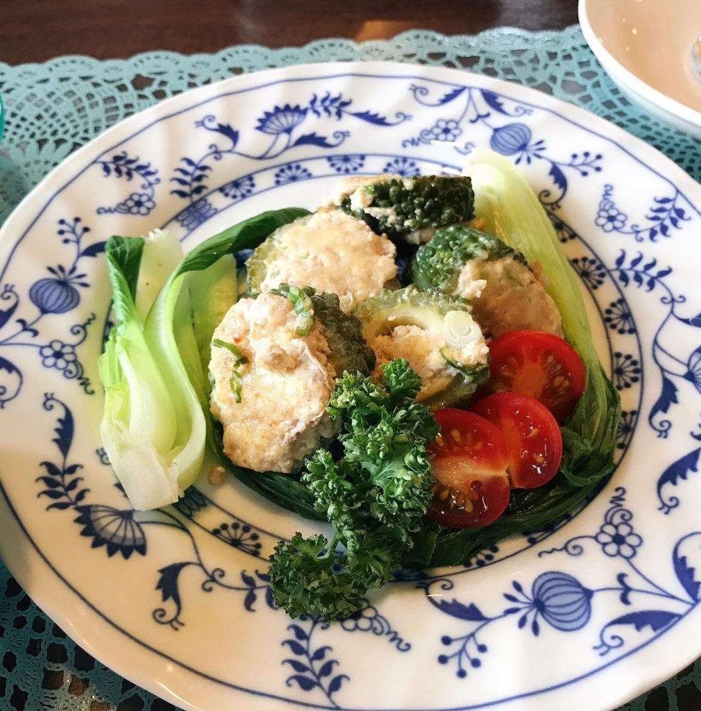 ️夏の薬膳|ゴーヤの豆腐肉詰め焼き