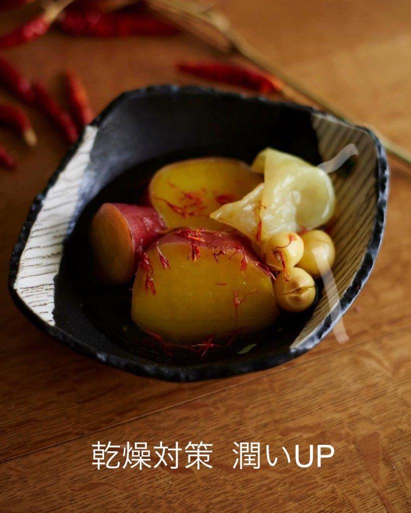 秋の薬膳|サツマイモと白キクラゲの紅花あん煮